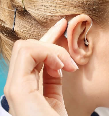 Kulak Arkası İşitme Cihazları
